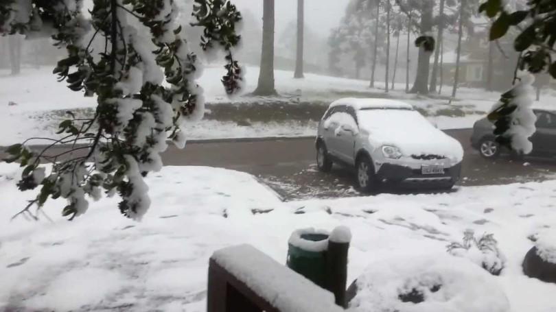 Resultado de imagem para neve em gramado 2016